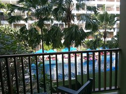 Good Location and beautifully maintained resort