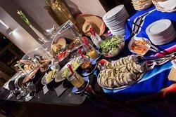 Le Cafe - Restaurant Bar Lounge