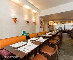 Breakfast Room at the Best Western Astoria