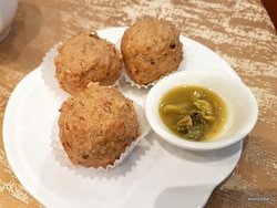 Deep Fried Fish Ball with Clam Sauce