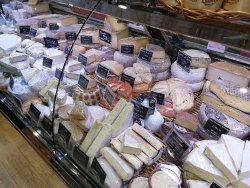 Отличная парижская fromagerie