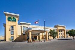 La Quinta Inn & Suites Salina