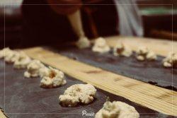 Preparazione Ravioli ripieni di Burrata fresca e gamberetti