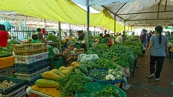 Vientiane Organic Market