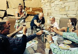 Meet other interesting wine lovers in our classes and tours