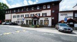 Hotel Ostry