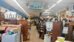 Finders Keepers Antiques & Collectibles