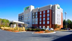Holiday Inn Express & Suites Duluth - Mall Area