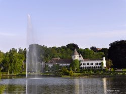 Martin's Chateau du Lac Hotel