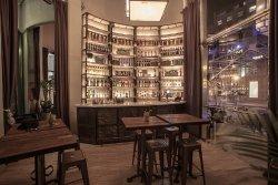 Amber Bar