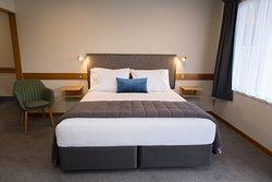 Dunedin Motel & Villas