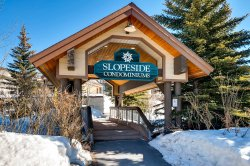 Slopeside Lodge