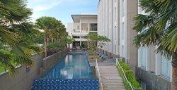 Premier Place Hotel