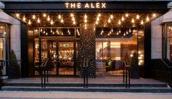 亚历山大饭店