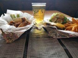 Bluto's Sports Bar & Grill