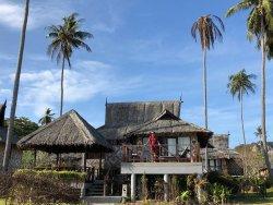 WELCOME TO PHI PHI ISLAND...TRA RELAX E ARMONIA !