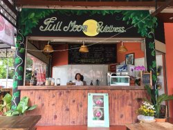 Full Moon Wellness Cafe