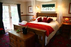 Charlemagne Lodge Bed & Breakfast