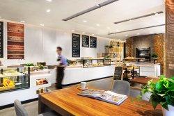 TOWNSQUARE Café