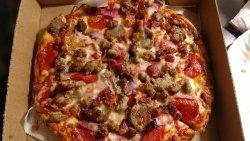 Dina's Pizza
