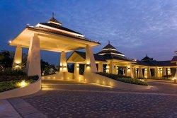 Novotel Chumphon Beach Resort&Golf