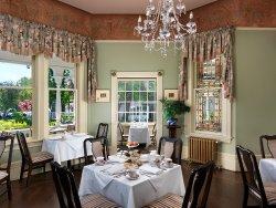 Main dining Pendray Inn and Tea House