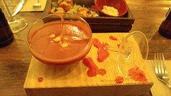 Gazpacho de remolacha y tomate...