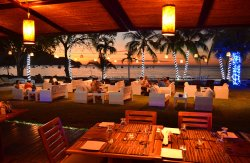 Café de Playa Beach Resort & Dining