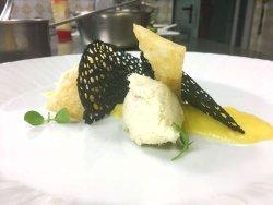 Baccala con emulsione di polenta e corallo nero