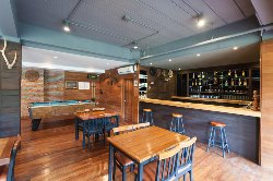 Pa Ka Yor's Pub and Restaurant