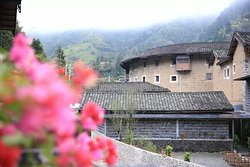 Tsingpu Tulou Retreat
