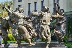 Sculpture Group Berikaoba