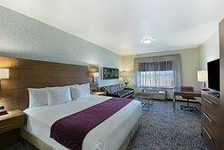 Oxford Suites Sonoma County - Rohnert Park