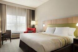 Country Inn & Suites by Radisson, Jackson, TN