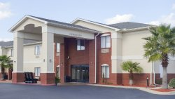 Country Inn & Suites by Radisson, Midway, FL