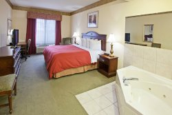 Country Inn & Suites by Radisson, Youngstown West, OH