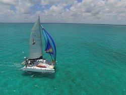 Sunsational Yacht Charters