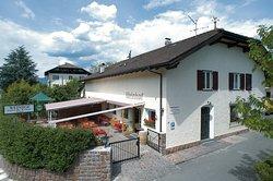 Weinhof Pizzeria Restaurant