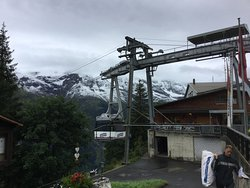 The cable car stop in Murren