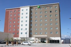 Holiday Inn Express & Suites Leon Aeropuerto
