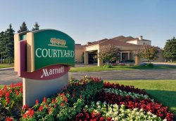 Courtyard Chicago Waukegan/Gurnee