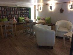 Venez découvrir notre nouvelle salle à l'étage ! ambiance cosy et chaleureuse assurée