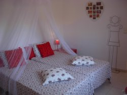 Twin room Red Blossom with en suite bathroom, mountainview