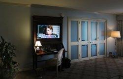 Room 2017 @ Windsor Court Hotel - Livingroom w/ Bedroom Doors Closed