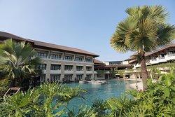 The Singhasari Resort
