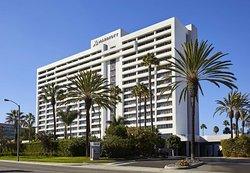 雷東多海灘托蘭斯萬豪飯店