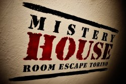 Mystery House Room Escape