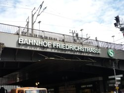 Bahnhof Berlin Friedrichstraße