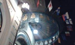 Sarah Bernhardt Restaurant . Η είσοδος .