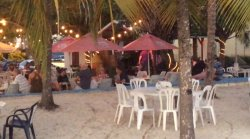 Crystal Waters Guest House & Bar